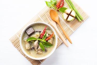 Green curry chicken, Thai food