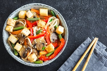 Stir fry with noodles, tofu and vegetables