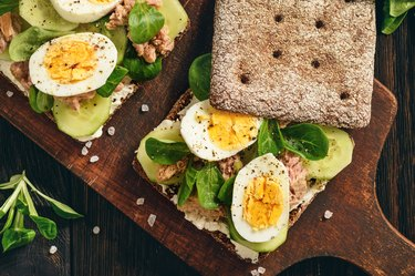Tuna salad sandwiches with eggs and cucumbers for cheap protein foods