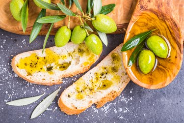 Bread with fresh olive oil.