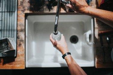 Belfast Sink with Running Water Tap