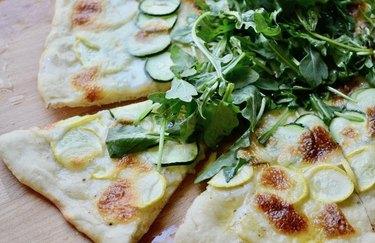 Summer Squash Pizza with Creamy Mozzarella and Arugula Healthy Pizza Recipes