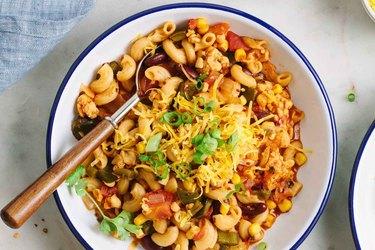 One-Pot Vegan Chili Mac