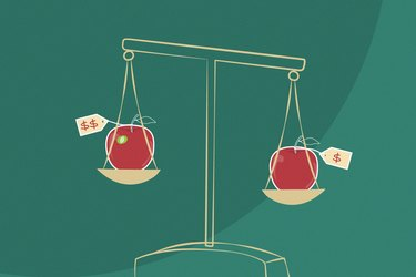illustration showing scale weighing two apples with different price tags