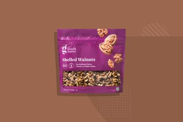 Good & Gather Shelled Walnuts