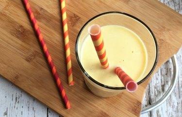 Chia Mango Smoothie recipe