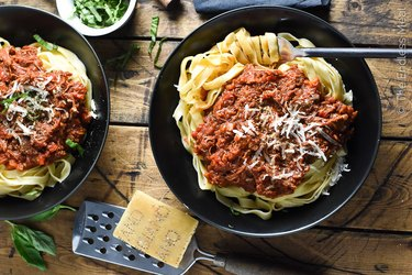 Crock Pot Turkey Bolognese