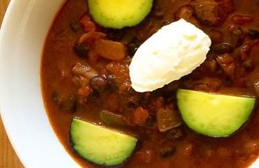 Crock Pot Beef Shank and Black Bean Chili