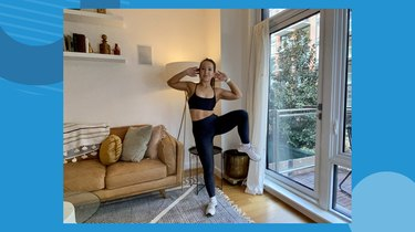 Move 1: Standing Obliques Crunch