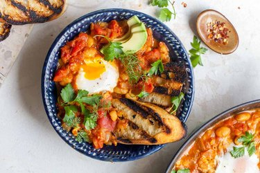 Tomato-Curry Poached Eggs