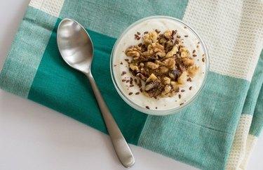 Flaxseed & Walnut Soy Yogurt Low-Carb Vegan Breakfast Recipes