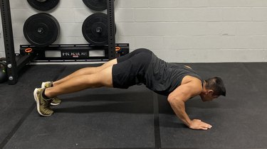 Move 4. Divebomber Push-Up