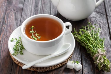 Thyme tea, as a natural remedy for cough