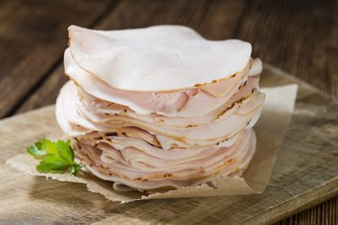 Heap of sliced histamine-rich Chicken Breast Fillet