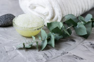 A eucalyptus plant in the shower as a natural remedy for sore throat