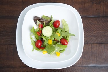 A small salad as part of a 700-calorie diet for weight loss