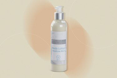 Daniel Field Suite Body Lotion, as a gift for people with cancer
