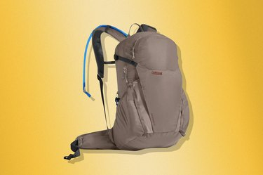 Camelbak Rim Runner 22 85 oz Hydration Pack Hiking Backpack