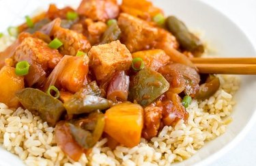 Slow Cooker Sweet and Sour Tempeh