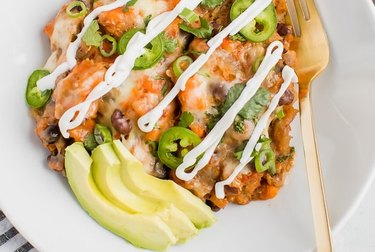 Slow Cooker Cheesy Mexican Quinoa Casserole