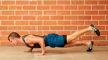 Move 10: Staggered-Hand and Single-Leg Push-Up