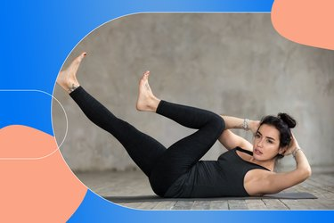 woman doing criss cross ab exercise as part of Pilates core workout