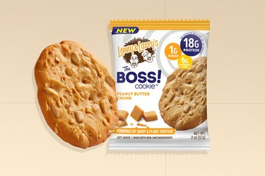 Lenny & Larry's The Boss Cookie Peanut Butter Chunk