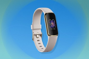 The Fitbit Luxe as one of the best fitness trackers of 2021.