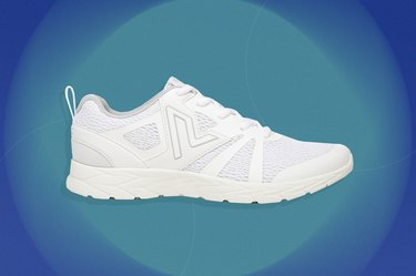 Vionic Miles everyday sneaker for flat feet