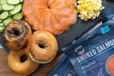 Blue Circle smoked salmon with platter with bagels, veggies