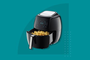 GoWISE USA 5.8-Quart 8-in-1 Digital Air Fryer With Recipe Book