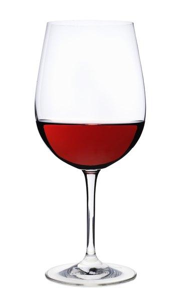 Red wine, studio shot