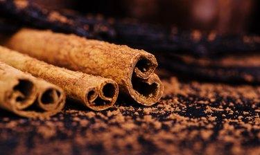 cinnamon sticks, vanilla, sprinkled with cocoa