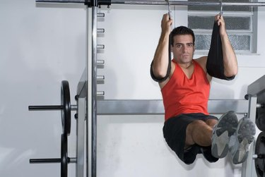 Are Hanging Sit-Ups the Best for the Abs?