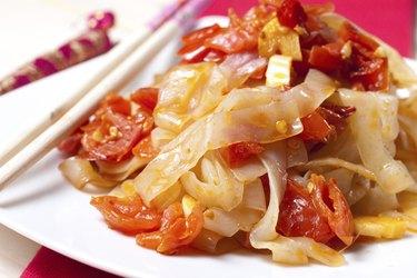 Shirataki Noodles with tomato sauce