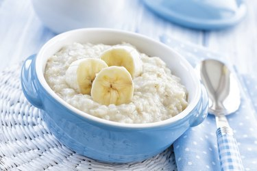 Oatmeal with banana