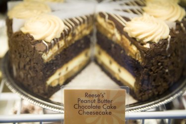 American Idols Celebrate National Cheesecake Day at The Cheesecake Factory