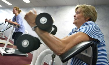 Curves Women Health Clubs Gain Popularity