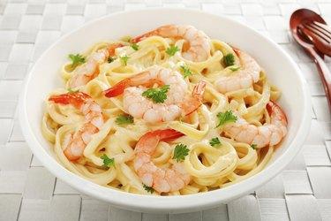 Pasta Fettucine Alfredo  with Shrimp or Prawns
