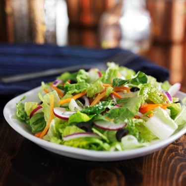 garden salad with romaine lettuce