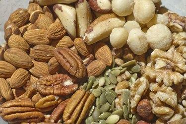 Raw and Organic Mixed Nuts