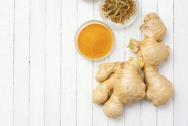 Ginger root, turmeric, tarragon