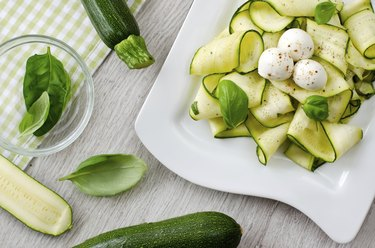 Zucchini salad with basil and mozzarella