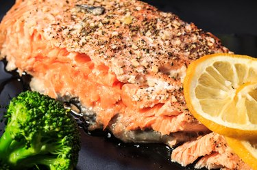 Salmon with broccoli and lemon.