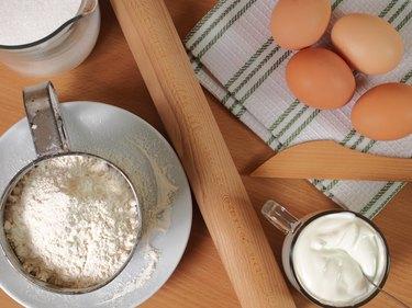Ingredients to make cake