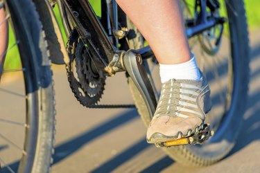 cycling macro shooting parts in the morning