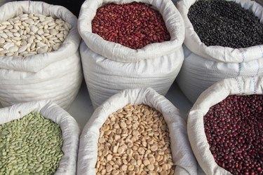 Sacks with Legumes Beans Market - Sacos con Legumbres Frijoles