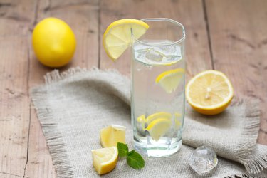 Cold Water with Lemon