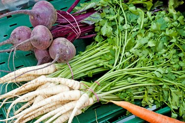 parsley root and beetroot