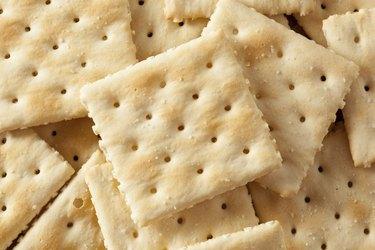 Organic Whole Wheat Soda Crackers